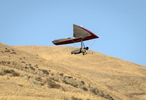 hang gliding flying glider