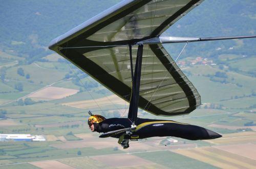 hang gliding delta-wing meeting