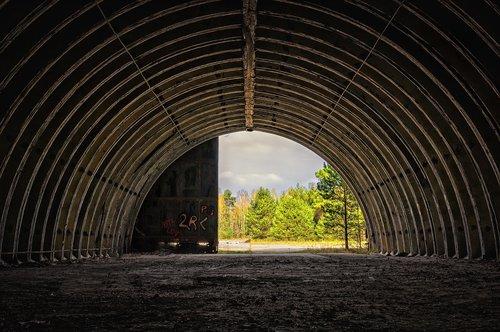 hangar  hall  round arch