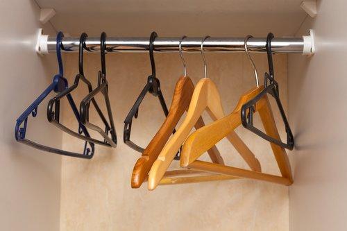 hanger  clothing  metal
