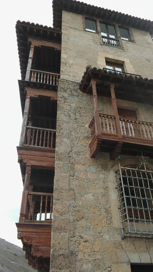 hanging houses of cuenca basin heritage