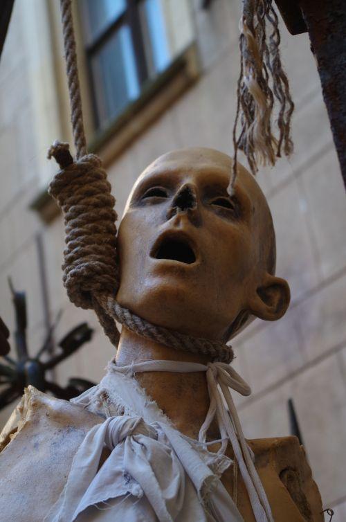 hangman puppet corpse