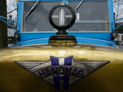 hanomag tractors historically