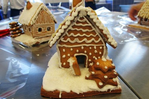 hansel and gretel confectioner's gingerbread