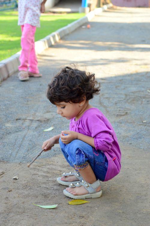 happy child happiness