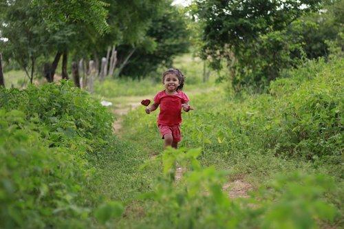 happy child  child running  child