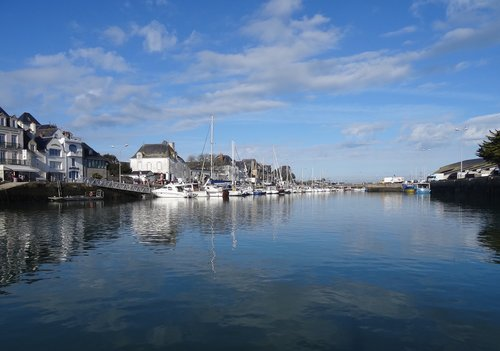 harbor  boats  water reflexion