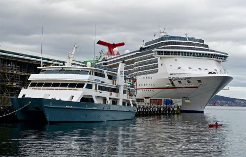 harbour cruise ship vessels