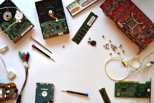 hardware  computer  computer service