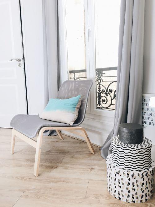hardwood chair pillow