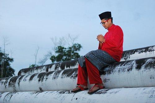 hari raya  ramadan  merah