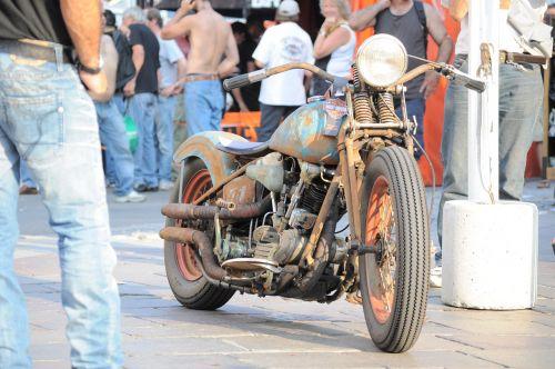 harley davidson moto switzerland