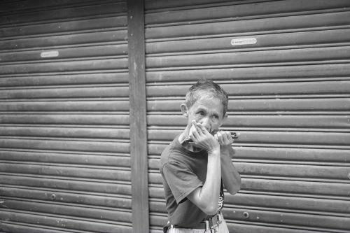 harmonica folk black white