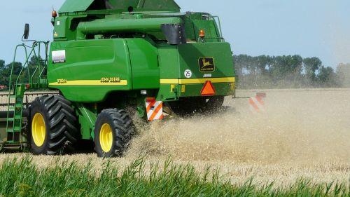 harvest grain combine