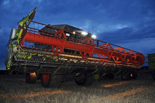 harvest combine harvester agriculture