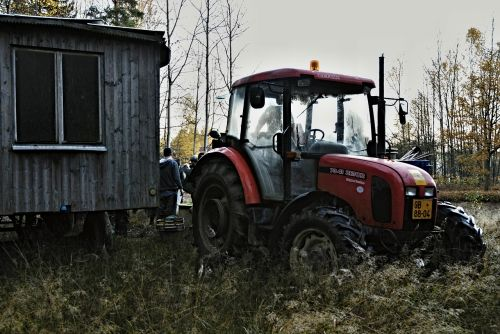 harvesting tractor forest