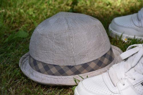 hat grass earthy