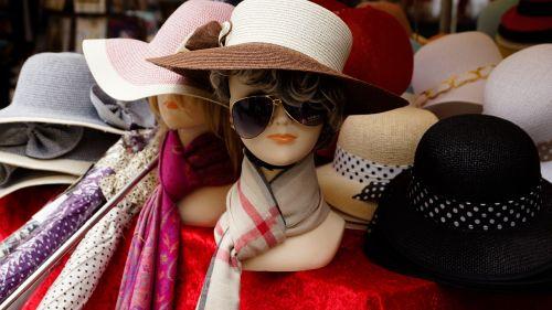 hat shop mannequin