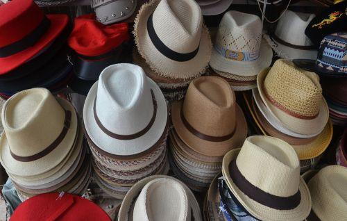 skrybėlės,vyrų kepurės,galvos dangtis,šventė,vyras,vaikinas,patrauklus,dangtelis,šiuolaikiška,mada,gyvenimo būdas,atsitiktinis,vasaros mados,madinga,hipster,madinga,stilingas,lauke,mados moterys,glamoras,mados,gatvė,modelis,kelia,stilius,Saunus,Patinas,seksualus,atrodo,patrauklus