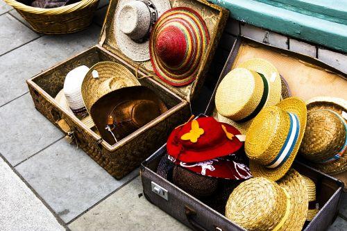 hats display suitcase