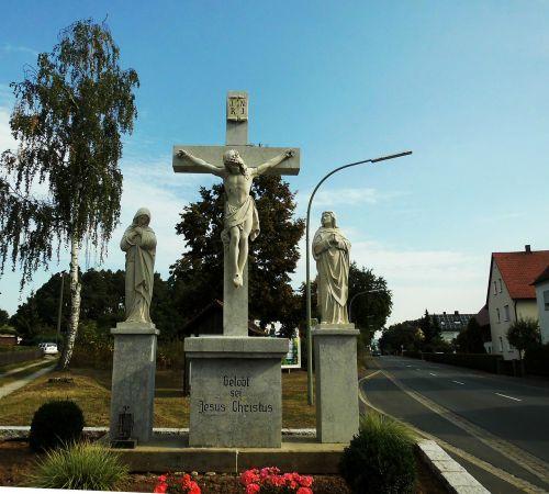 hausen bavaria cross