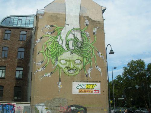 hauswand graffiti cologne