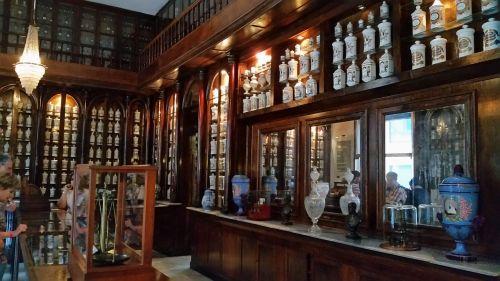 havana apothecary drugstore