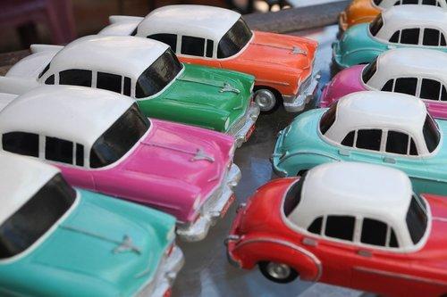 havana  almendron  cars toy