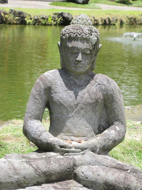 hawaii buddha peaceful