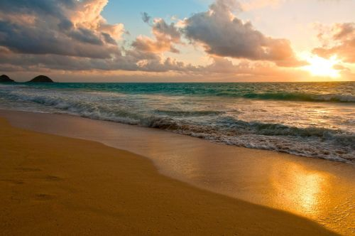 hawaii beach sunrise