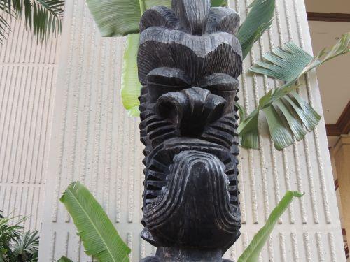 Hawaiian Tiki Mask
