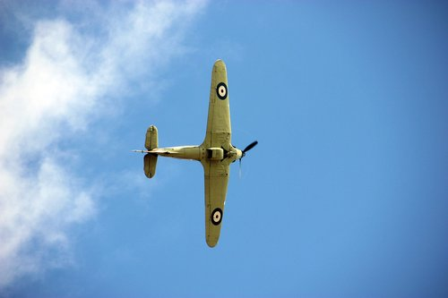hawker hurricane  plane  ww2
