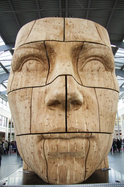 head carved share