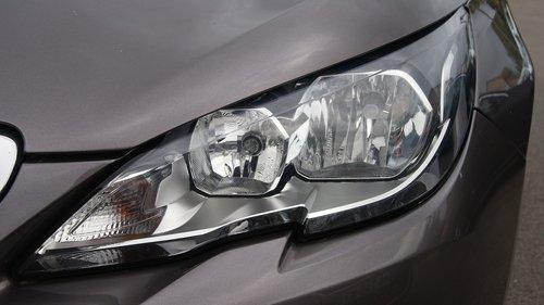 headlights  308  peugeot
