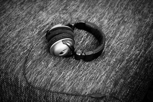 headphones music listen
