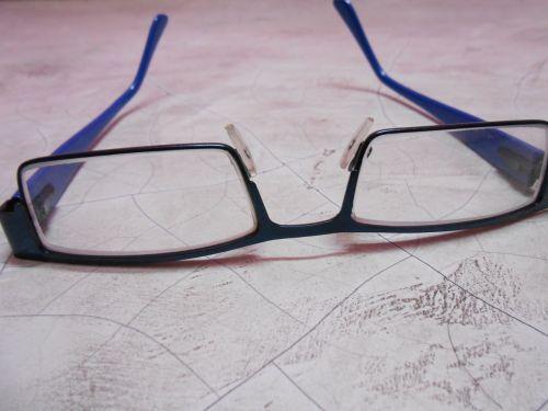 health glasses eye