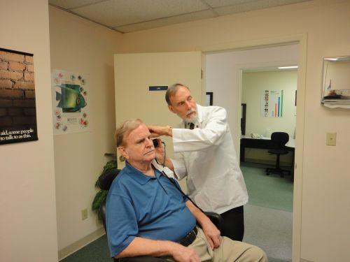 hearing aid hearing ears