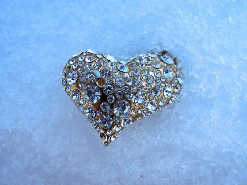 heart jewel ice