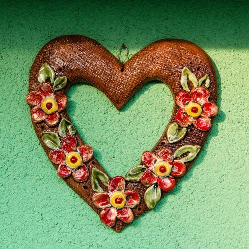 heart garnish ceramics