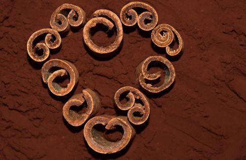 heart cinnamon cinnamon sticks