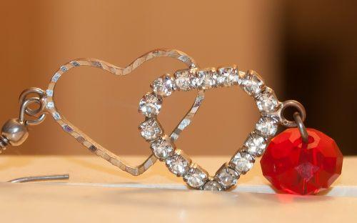 heart red earring