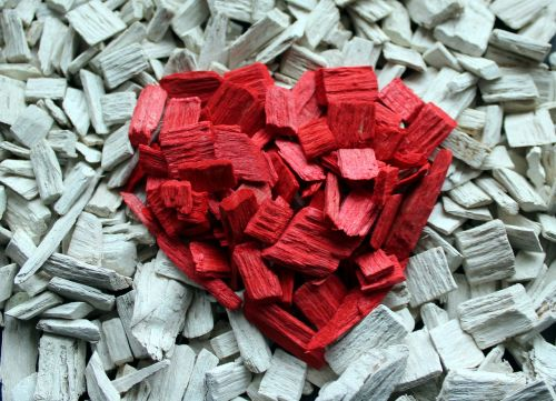 heart composition bark wood wool