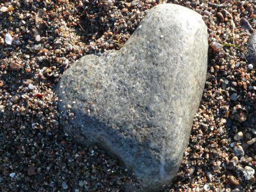 heart stone sand