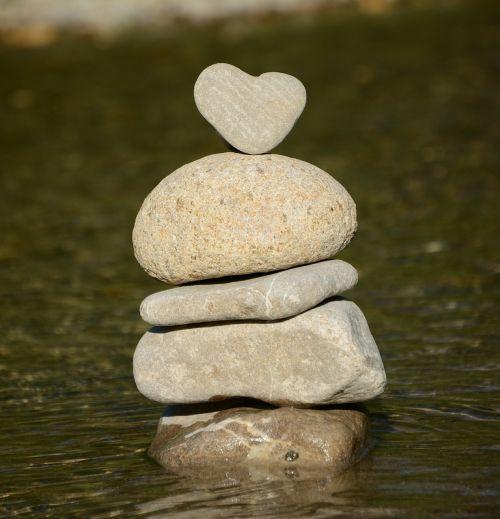 heart water stone heart