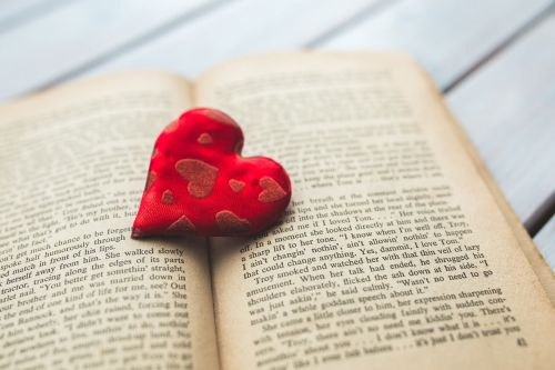 heart love book