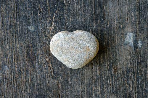 heart-shaped-stone heart love