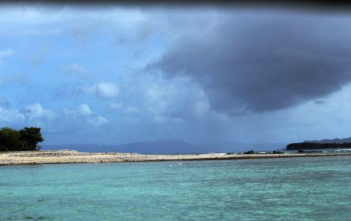 sala, sunkūs & nbsp, debesys, kokoso & nbsp, medis, augalai, žolė, lapai, gamta, baltos spalvos & nbsp, smėlis, papludimys, jūra, vandenynas, vanduo, dangus, sunkūs debesys ateina