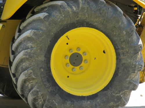 heavy equipment wheel tire machinery