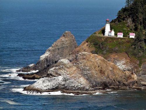 heceta lighthouse building scenery