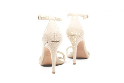 heel white shoe